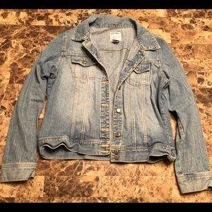 Old Navy denim jacket. XL. Excellent condition.